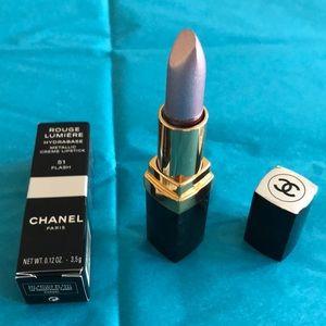 NWT: CHANEL ROUGE LUMIERE Metallic Creme lipstick
